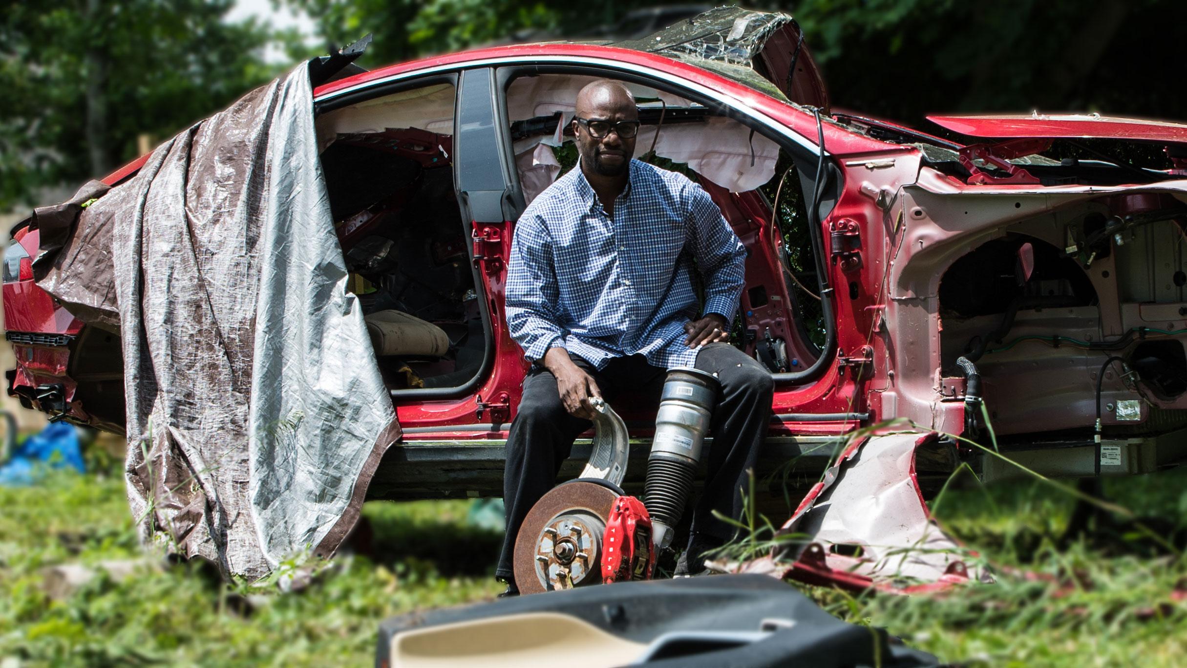 The Rogue Tesla Mechanic Resurrecting Salvaged Cars Vice