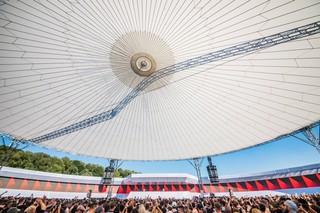 1533374704056-Atmosphere-4-Dekmantel-Festival-2018-Day-3-please-credit-Niels-Cornelis-Meijer
