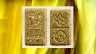 1533900410038-Goldene-Louis-Vuitton-NEU