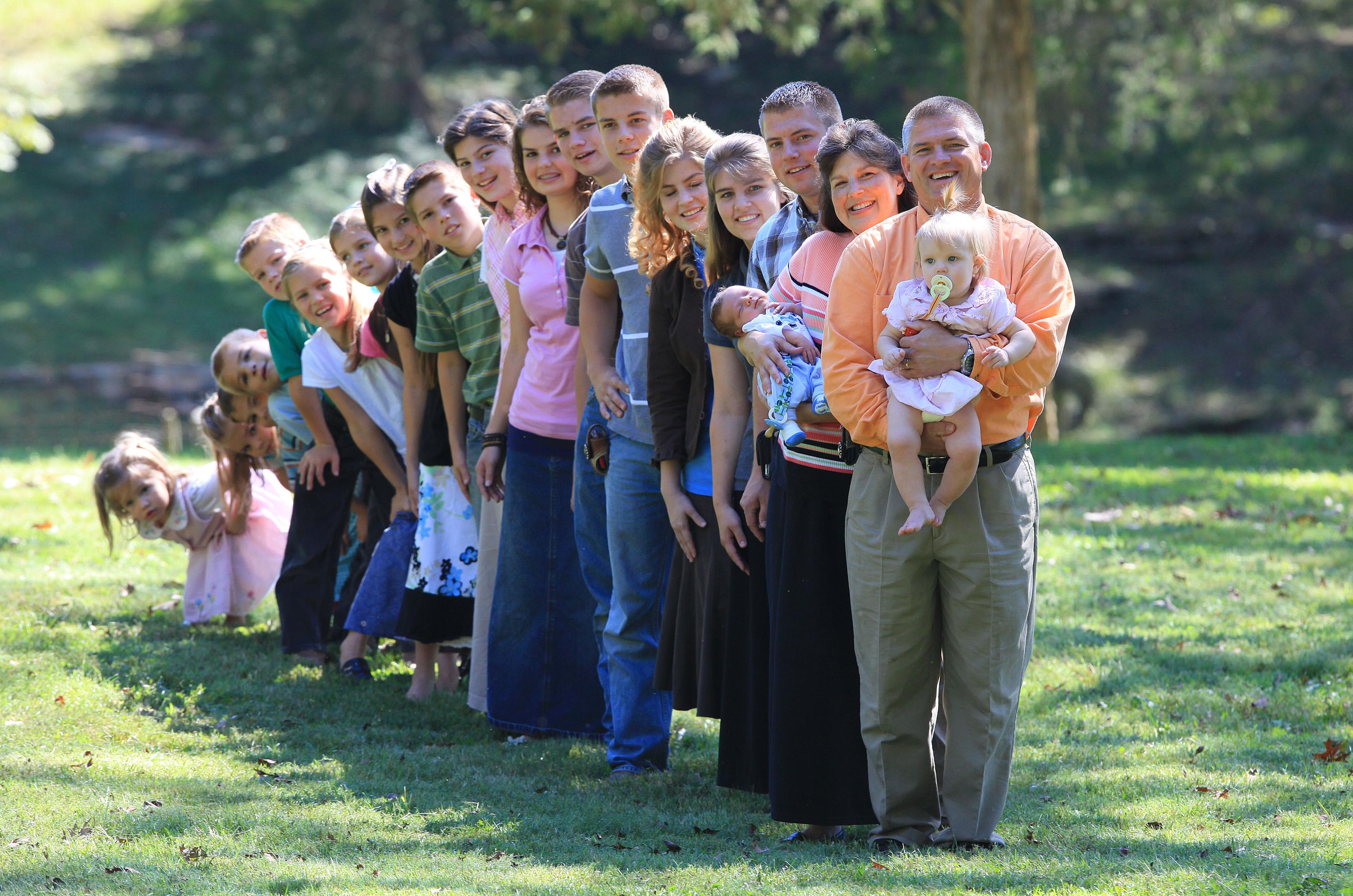 Прикольные картинки большая семья