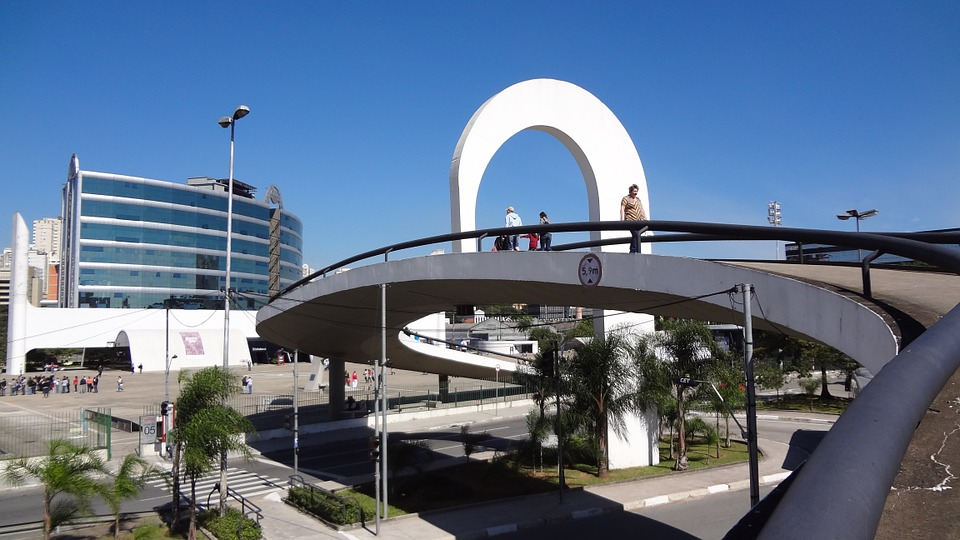 1536169509616-latin-americal-memorial-647000_960_720