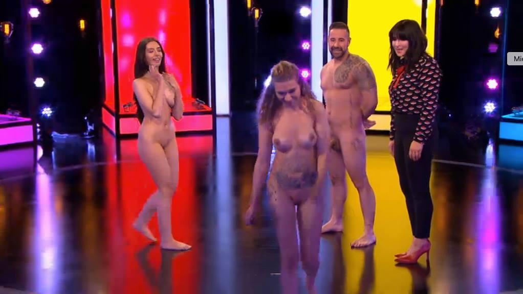 Blonde babe emily meade topless in sex scene