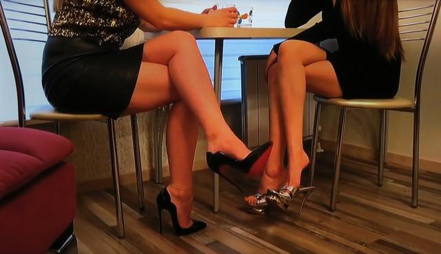 Asian Foot Lick Lesbian