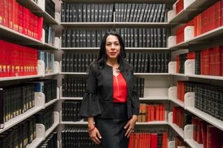 Alia-Youssef-the-sisters-project-moslim-vrouw-boeken