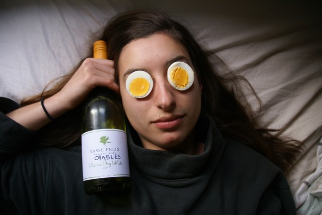 I Tried a 70s Diet Where I Only Ate Eggs and White Wine for