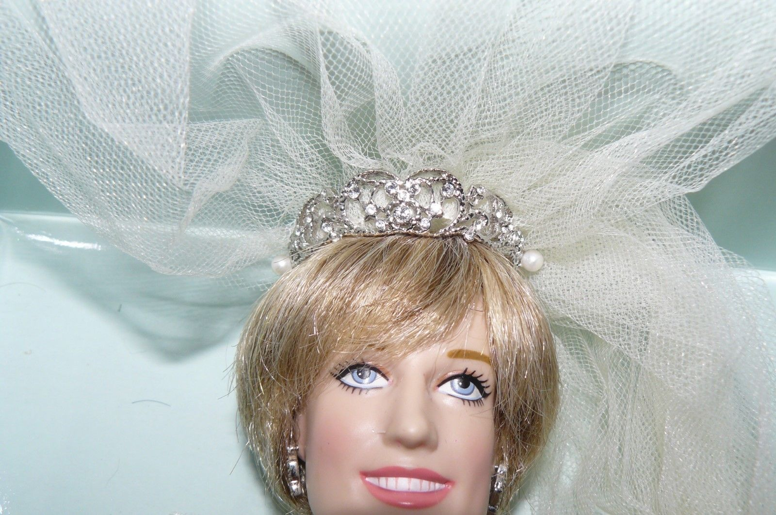 princess diana wedding dress doll worth