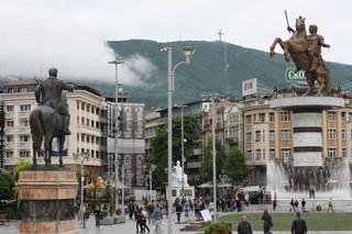 1537887838194-Statues-Styrofoam-Skopje-1