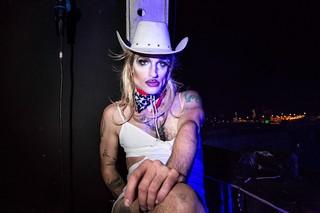 Thomas-Dhanens-Blush-Sink-the-Pink-londen-drag-cowboy