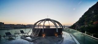 1538989690500-budapest-spas-thermal-pool