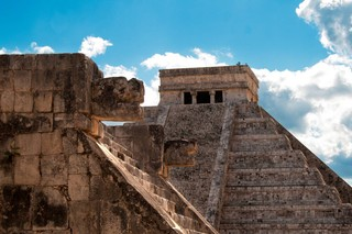 1538994971470-Mayan-Ruins-In-Chichen-Itza