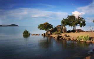 1538995209826-Lake-Malawi