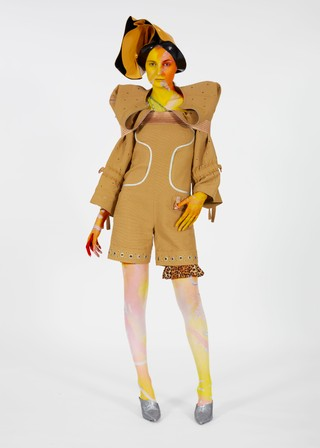 Schueller de Waal Fashion Therapy 3