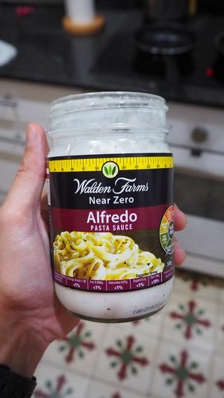 salsa Alfredo Walden farms fit