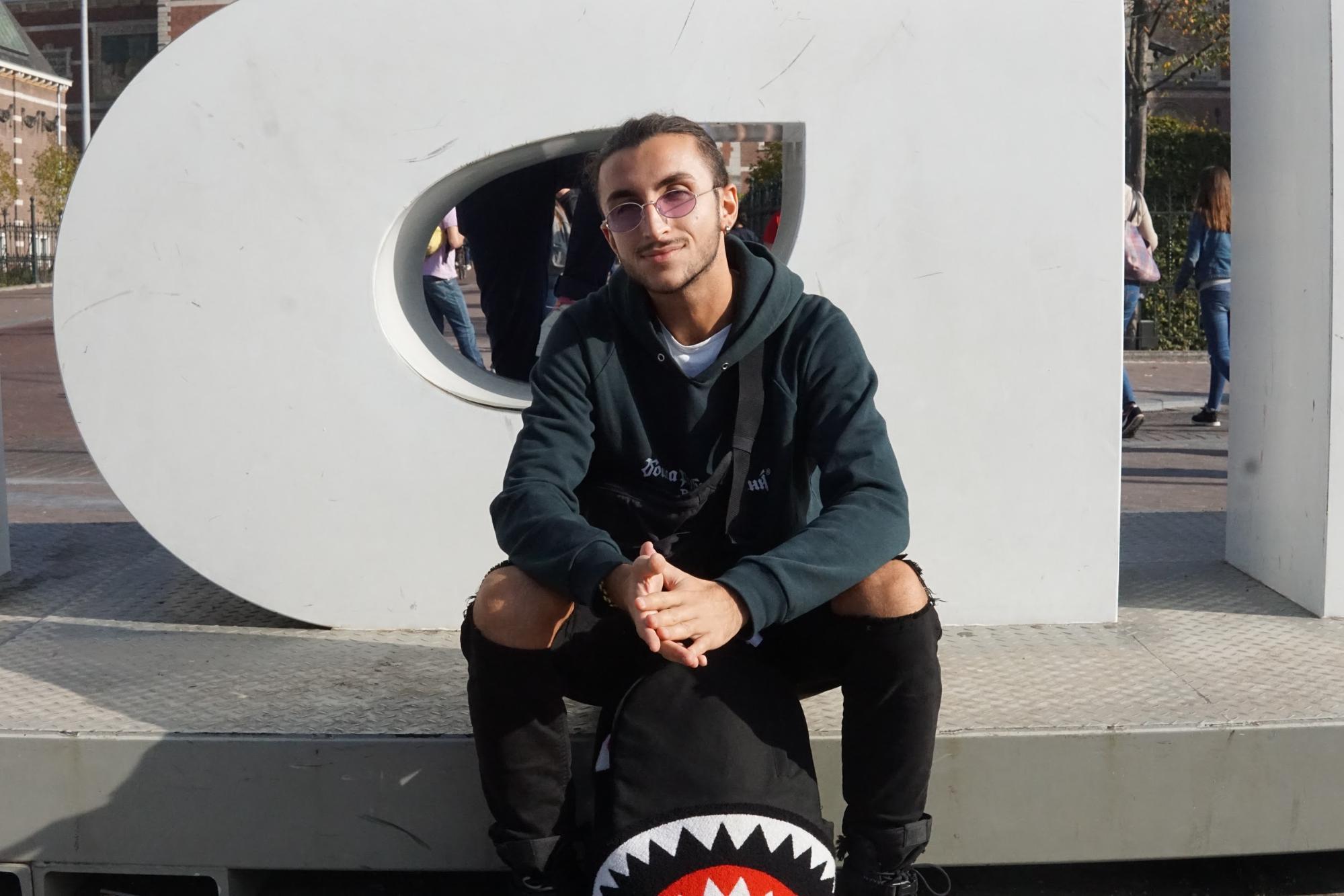 Vito (20), Italië