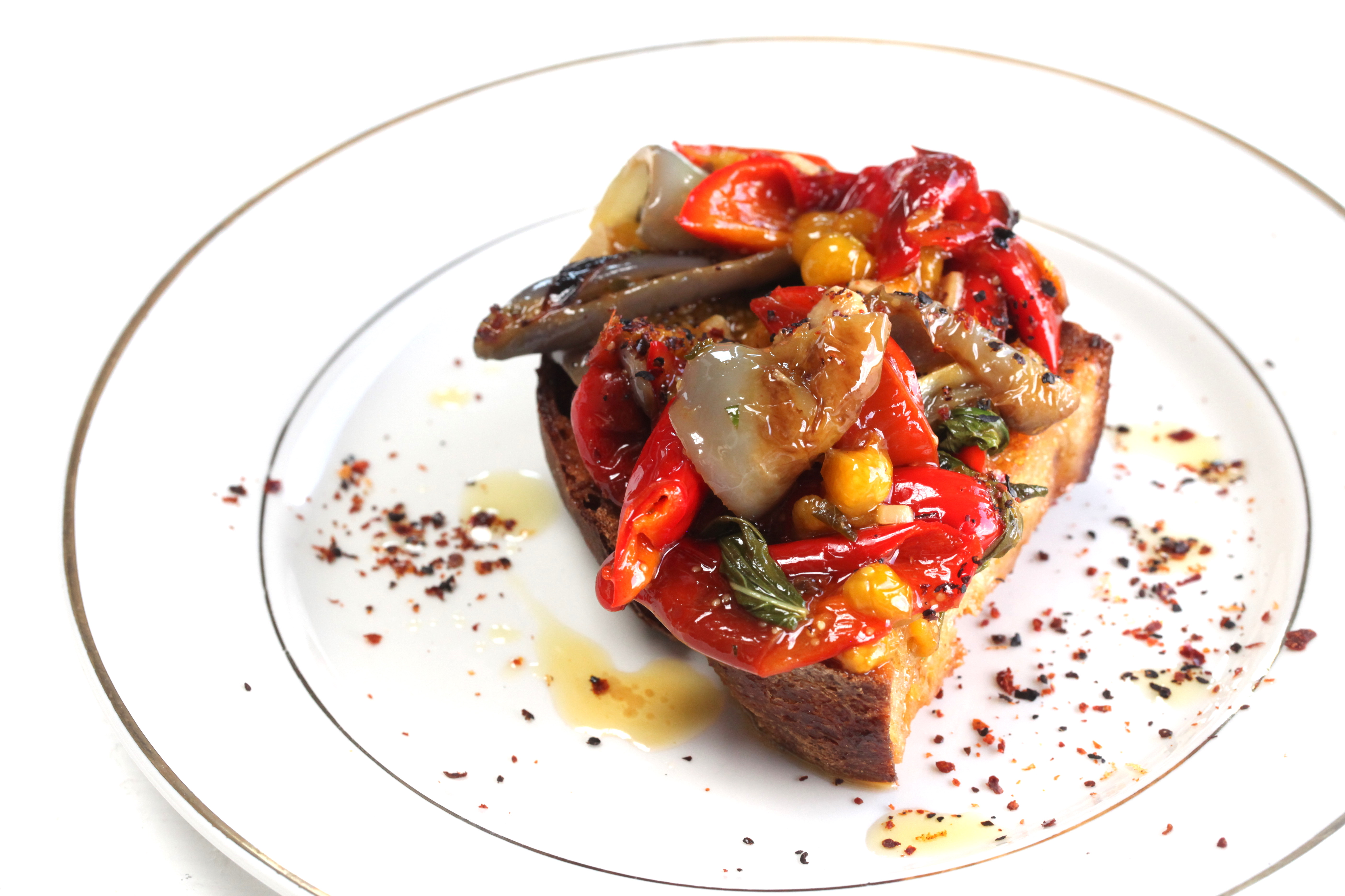 1539805241713-1538596773606-pepper-ground-cherry-toast-recipe