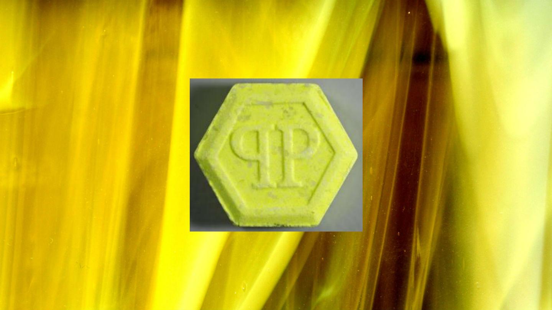 1539961039711-ecstasy-pille-gelbe-philipp-plein