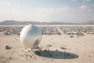 Bjarke Ingels diskokugle til Burning Man