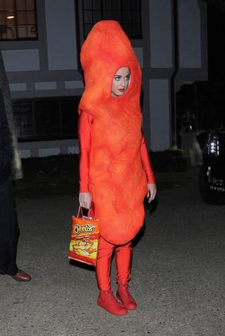 katy-perry-costume-halloween-cheetos
