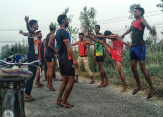 1540376465012-Boys-preparing-for-army-jobs-exercise-before-their-daily-jog