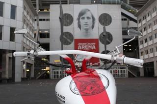 De motor met Johan Cruijff.