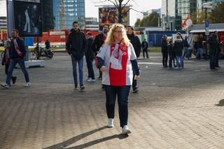 1540818646017-Vrouwelijke-Ajax-Supporters-9