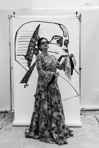 Yumna Al-Arashi dressed as Umm Kulthoum