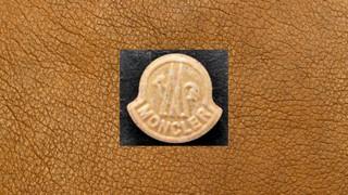 1541163810490-ecstasy-pille-beige-braun-moncler