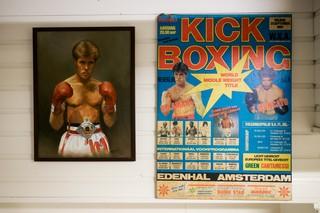 Posters met Rob Kaman erop.