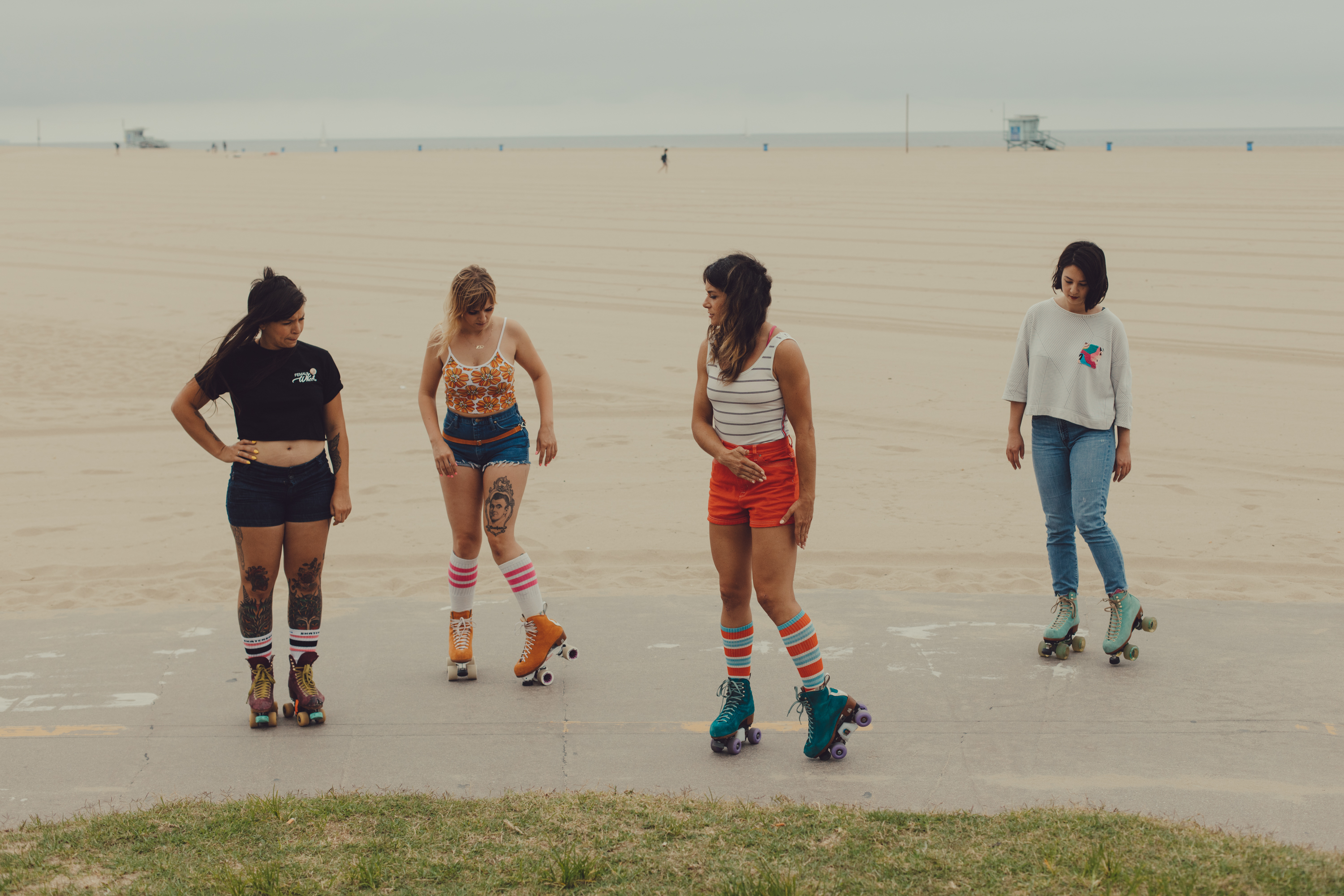 8b43cbaa665 I Cruised LA with the Badass Moxi Roller Skating Girl Gang - VICE
