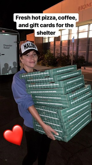 Lady Gaga delivering pizza to Red Cross shelter