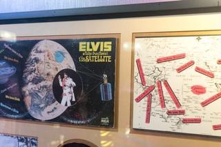 Elvis-Presley-Hawaii-4-of-7