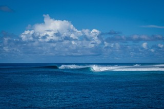 Surfing-Marshall-Islands-Beran-Island-Surf-Lodge-Exclusive-Emptiest-Waves-on-the-Planet7