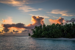 1543239249386-Surfing-Marshall-Islands-Beran-Island-Surf-Lodge-Exclusive-Emptiest-Waves-on-the-Planet20