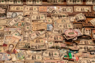 Dollar bills on walls at Elliott Street Pub
