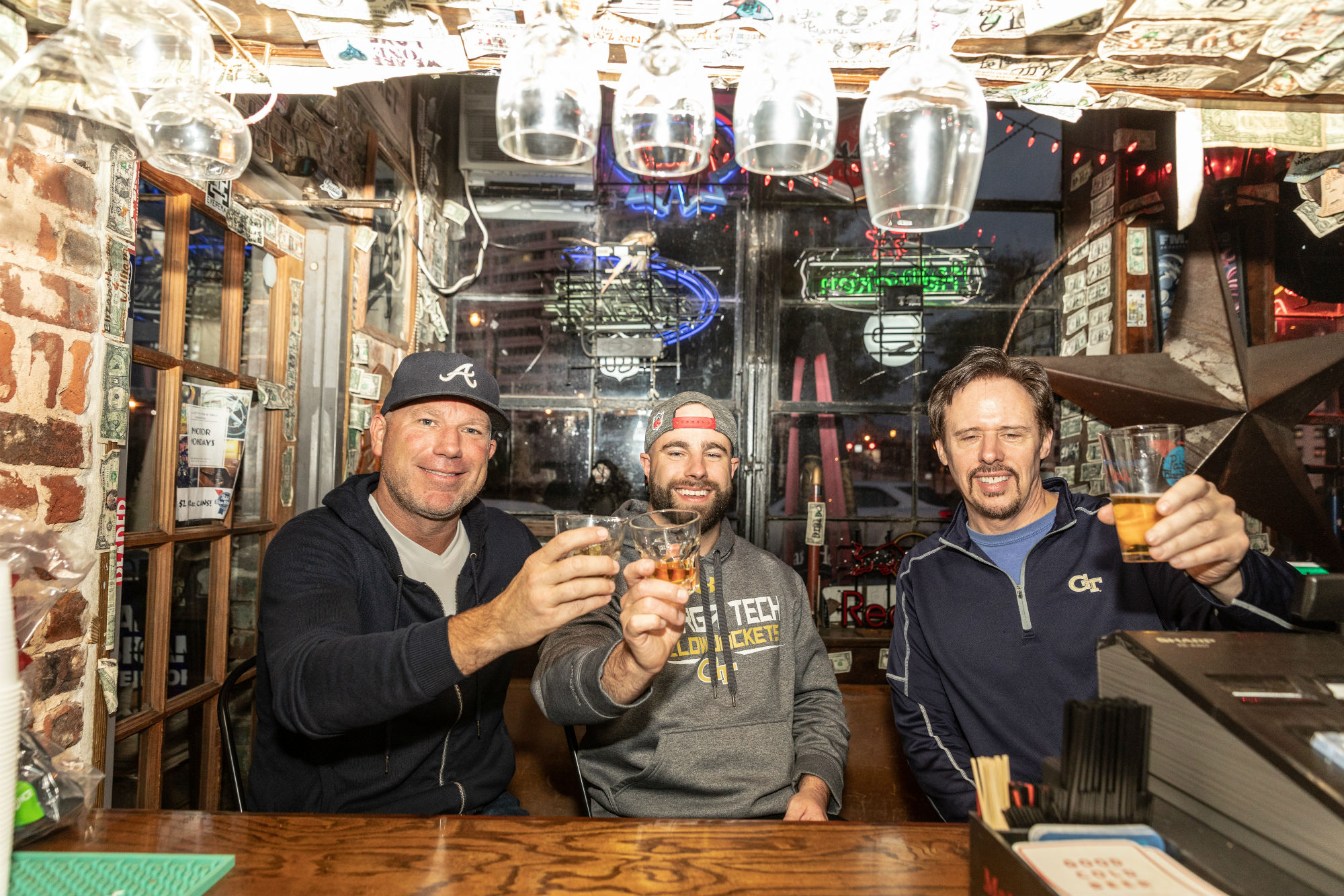 Friends toast at Elliott Street Pub