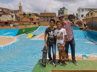 1543284134244-Antananarivo-Madagascar-crew