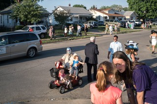 Peter van Agtmael photographs a street in suburban America