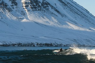1543341043221-Snowboarding-and-surfing-in-Iceland-a-Land-Shaped-by-Women-Anne-Flore-Marxer-and-Aline-Bock8