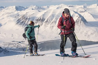 1543341127625-Snowboarding-and-surfing-in-Iceland-a-Land-Shaped-by-Women-Anne-Flore-Marxer-and-Aline-Bock15