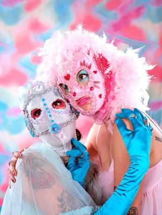 1543465289272-Denise-Texeira-Pinot-Meredith-Erickson-Zapata-masks-by-Sarah-Lew