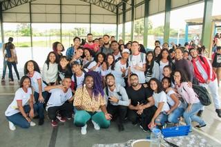 Preta Rara em visita à escola em Brasília. Foto: Rômulo Juracy/Divulgação