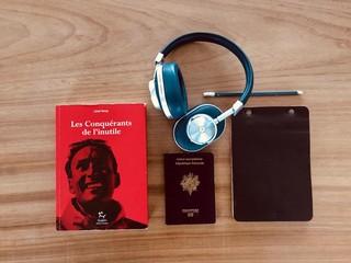 1543863774970-Book