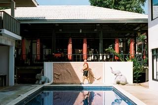 Het zwembad bij de sportschool.
