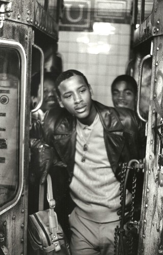1544019651886-7_Jamel-Shabazz_Morning-Rush-Hour-NYC-1980_copyright-Jamel-Shabazz_courtesy-Galerie-Bene-Taschen