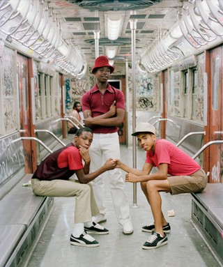 1544019774169-6_Jamel-Shabazz_The-Trio-NYC-1980_copyright-Jamel-Shabazz_courtesy-Galerie-Bene-Taschen