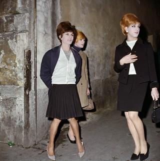 Lisetta Carmi, I travestiti , Genova, 1965-1967, courtesy Galleria Martini & Ronchetti.