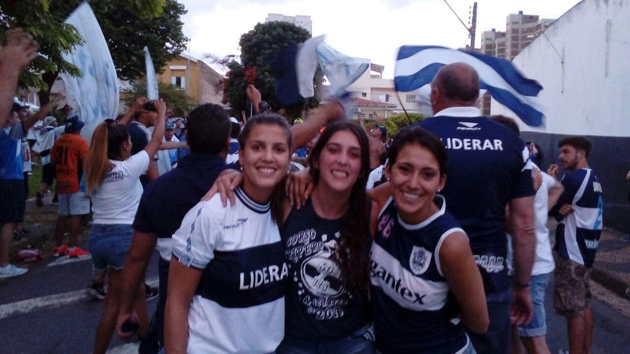 1544105719082-Valeria