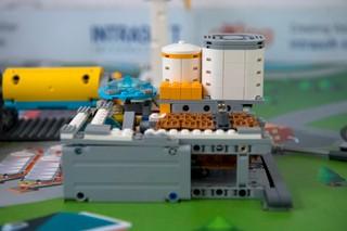 1544121959113-robotics-4