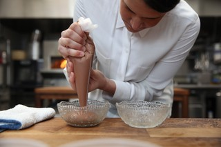 stephanie prida piping chocolate mousse