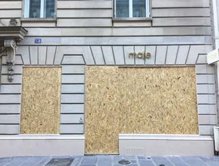 1544451339861-vitrine-39